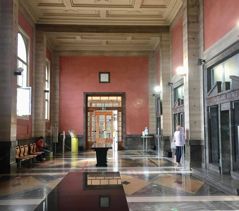 Palazzo civico di Imperia, veduta di un ambiente interno